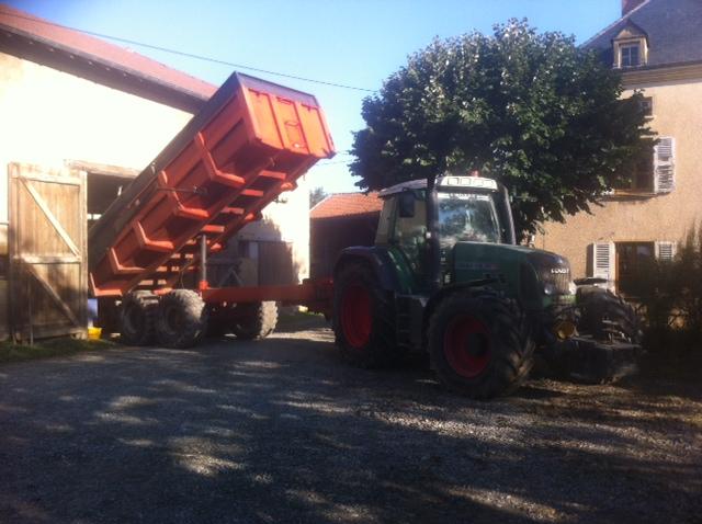 En septembre Matthieu éleveur correspondant Devenir Eleveur dont le métier est éleveur de vaches allaitantes a stocké ses céréales pour l'alimentation de ses vaches